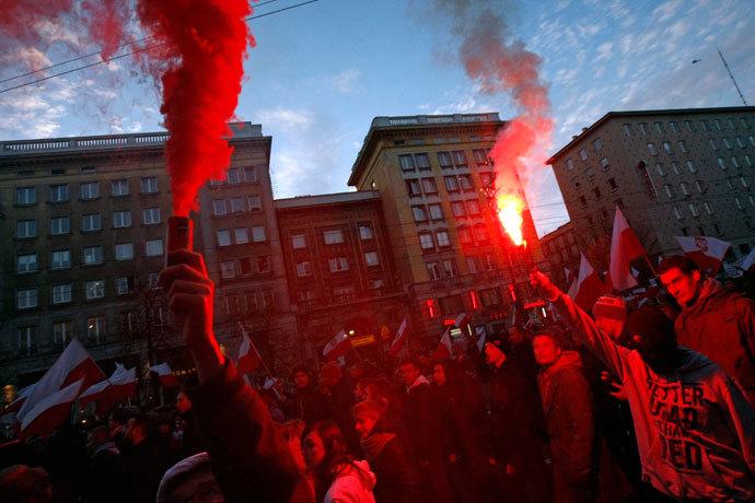 PCN-TV - polish far-right attack russian embassy II (2013 11 14) ENGL 1