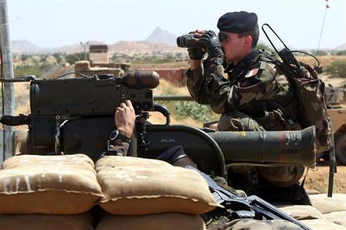 LM.NET - EN BREF que coute la guerre francaise au Mali (2013 12 31) ENGL