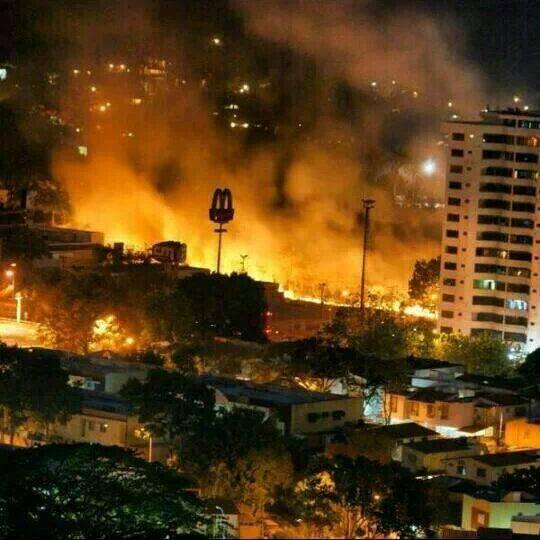LM.NET - EN BREF Caracas en feu après Kiev (2014 02 22) FR