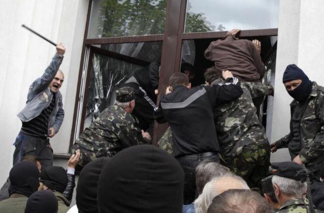PIH - LM Ukraine lugansk Kostiantynivka (2014 04 29) FR 2