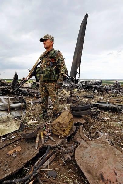 PIH - FB guerre totale +á l'est ukrainien (2014 06 16) FR 2