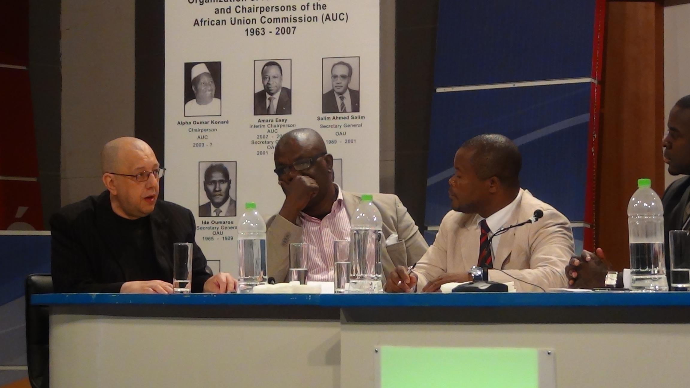 EODE-TV - LM sur RTVGE 1 - l'afrique ds la géopol. mondiale (2014 06 24) FR 1